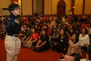 PARA peserta Sister Camp tekun mengikuti ceramah yang diberikan bersempena penganjuran program berkenaan.